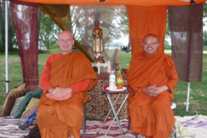 https://nwbuddhistrecovery.org/wp-content/uploads/2017/12/Picnic3-300x200.png